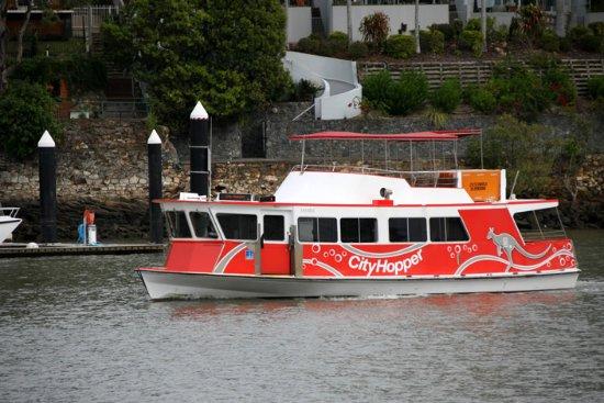 ferry brisbane